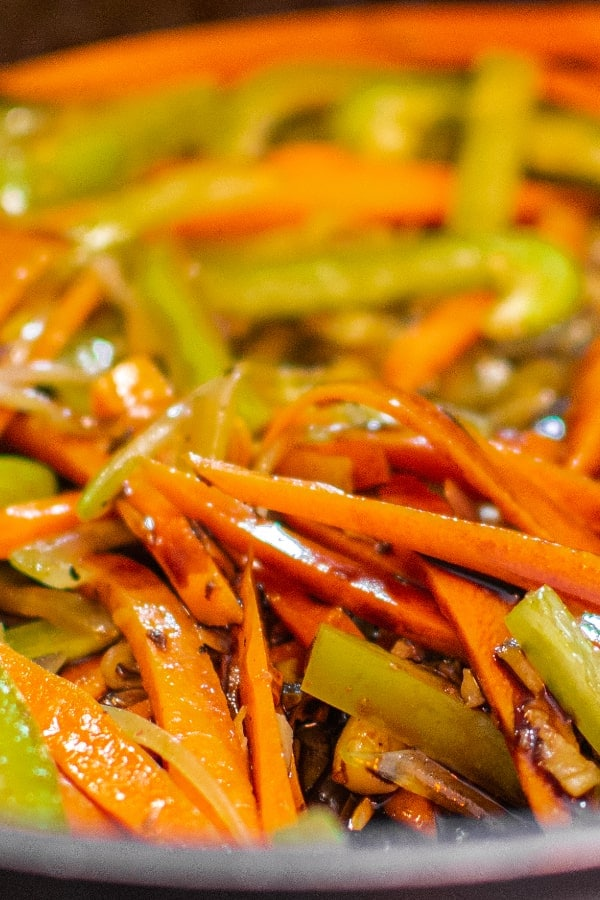 Fried vegetables with soy sauce