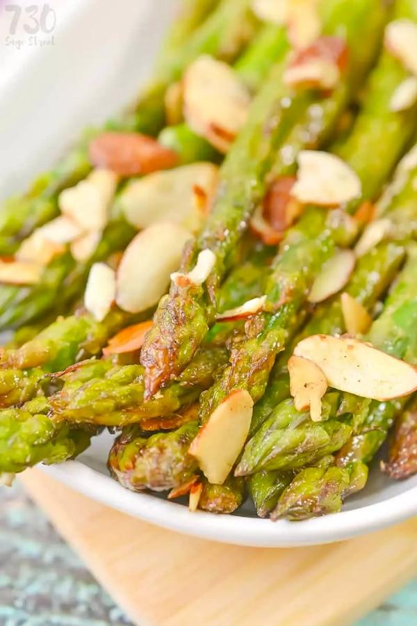 Low Carb Asparagus Almondine
